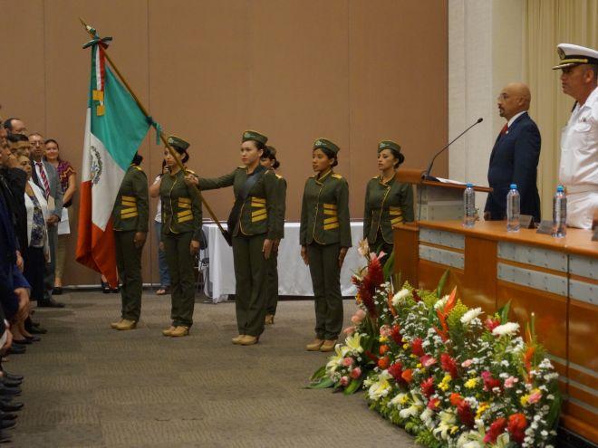 Escolta del IT de Chiná, hermanado con el Tec de Campeche.