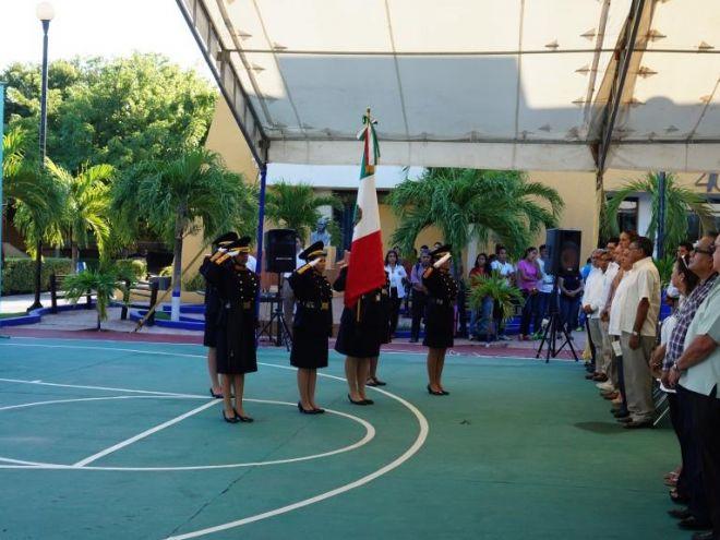 Escolta del ITC en el Homenaje del 40 Aniversario del Tecnológico de Campeche, octubre 2016.