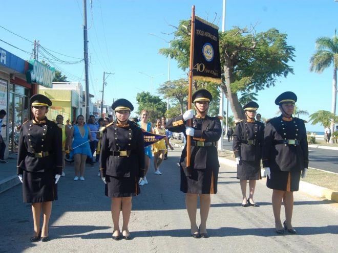 Escolta del ITC en el Desfile Cívico - Militar por la conmemoración de la Revolución Mexicana, noviembre 2016.